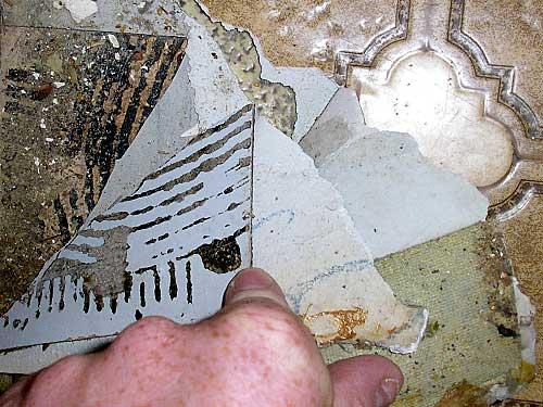 Bevorzugt Handwerker erkennen Asbestgefahr nicht! - PE81